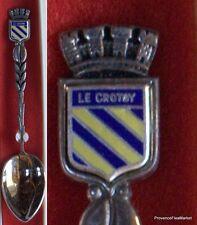 LE CROTSY  petite cuillere de collection en metal argente dans sa boite