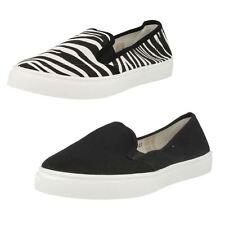 Ladies Spot On slip on canvas shoe F80027