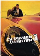 PUBLICITE   1967   CHESTERFIELD  cigarettes UNE AMERICAINE QUI SAIT VIVRE