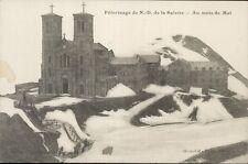 38 - cpa - Pélerinage de Notre Dame de La Salette - Au mois de mai