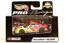 Hot Wheels Pro Racing ~ Terry Labonte ~ #5 Kellogg'S ~ 1/64