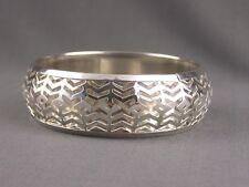 shiny Silver tone cutout pattern metal bangle bracelet chevron pattern