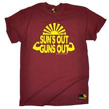 Suns Out Guns Out Para Hombre SWPS T-Shirt Moda Regalo de Cumpleaños Workout Gym Entrenamiento