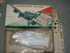 Airfix  MPC 1/72 Junkers JU-52 custom decals / stand