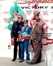 MARK MARTIN WAYNE NEWTON LAS VEGAS SHOWGIRLS VICTORY LANE 1998 8X10 PHOTO NASCAR