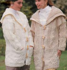 Manteau style duffle-coat d'Aran motif tricot avec col marin