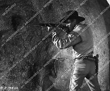 11034-011 Frank Faylen taking aim film The Nevadan 11034-011