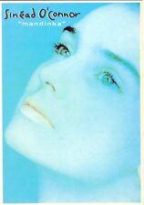 "Carte Postale Postcards Chanteuse Irlandaise SINEAD O'CONNOR "" Mandinka"""