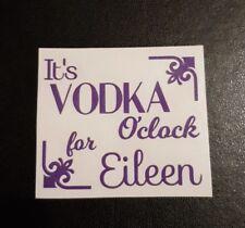 Personalizzata è Gin/Vodka o 'clock Adesivo Vinile Per Mixer glitter regalo in vetro