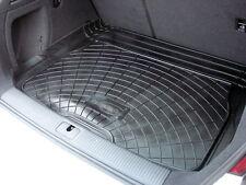 AUDI A3 Hatchback 2012 en adelante Bota de goma Mat Liner opciones y protector de parachoques