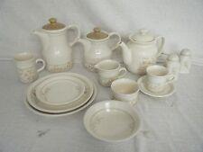 C4 Pottery Biltons Spring Bouquet 9A2B
