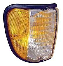 FOUR WINDS HURRICANE 1996 1997 1998 1999 RIGHT TURN SIGNAL LIGHT CORNER LAMP RV