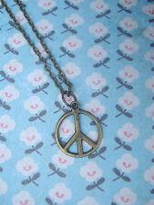 FUNKY SMALL BRASS PEACE SIGN NECKLACE VINTAGE KITSCH BOHO HIPPY CUTE 60 70 80