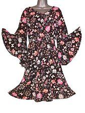 Plus Size Floral Print Bell Sleeve V-Neck Dress