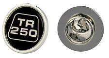 TRIUMPH TR250 LOGO FRIZIONE PIN BADGE scelta di oro / argento