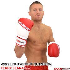 PRO MMA Guantoni Da Boxe Pelle sintetica UFC Combattere Sparring Allenamento MUAY THAI