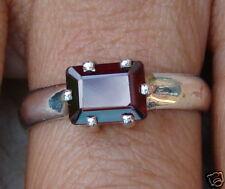 Genuine Sterling Silver Garnet Ring (NEW) (9R13)