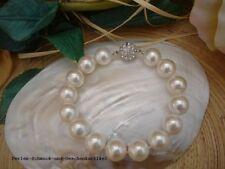 Armband Silk Weiß aus Muschelkernperlen 12mm / 22cm Zirkonia-Magnet. TOP