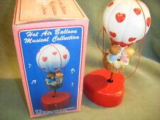 """nib CERAMIC HOT AIR BALLON MUSIC BOX  """"LOVE MAKES THE WORLD GO ROUND"""" W/BOX 1987"""