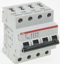 Disjoncteur Magnéto-thermique S 204 C20 4P 20A 6KA (S529228)