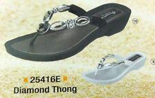 Grandco Ladies Diamond Jeweled Sandal Low Heel Thong   Black or White 25416E