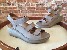 Clarks Sage Nubuck Leather Reedly Juno Triple Strap Wedge Sandals SALE