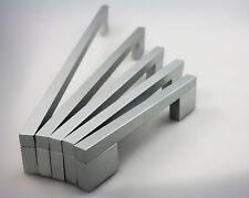 Möbelgriff Schrankgriff Schubladengriff Küchengriff aus Metall matt verchromt