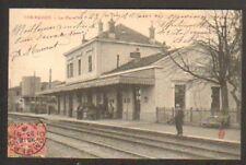 COMMERCY (55) CHEF de GARE coté QUAI animé en 1905