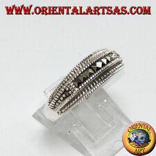 Anello in argento 925 con sette marcasite quadrate centrali
