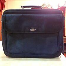 Targus Laptop Computer Carrying Case Handbag Shoulder Strap Pre Owned Travel Bag