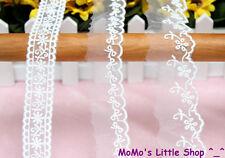 Pretty White Floral Embroidery Scalloped Organza Lace Trim (2.5~4cm Width) — 1 M