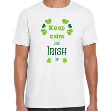 Keep Calm et irlandais sur - T-shirt chemise - Jour de la St Patrick cadeau