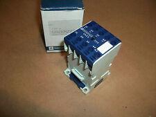 Telemecanique Relay CA2EN222F   110v DC Coil