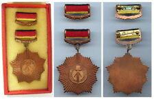 Früher vaterländischer Verdienstorden der DDR in Bronze