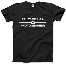 Trust Me I am a Photographer - Photography Mens Unisex T-Shirt