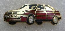 Pin's Voiture SEAT Rouge TOLEDO #188