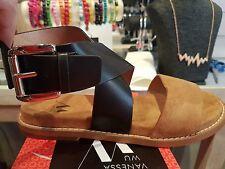 VANESSA WU été 2017 : sandales plates larges bride neuves, étiquetées valeur 49€