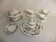 C4 Porcelain Wedgwood Hathaway Rose (bone china) 8A2C
