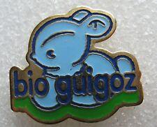 Pin's Lait pour enfant BIO GUIGOZ petit lapin Bleu #1540