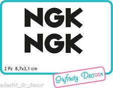 "2 Adesivi ""NGK"" 8,7x3,1 cm sponsor tecnici moto honda suzuki kawasaki ducati"