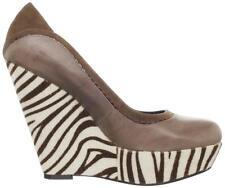 Women's Shoes POETIC LICENSE Body Love Platform Wedge Pump Mushroom Leather