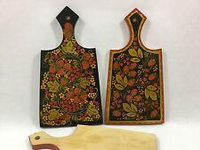 La planche à découper bois 32x17 peinte à la main laquée KHOKHLOMA