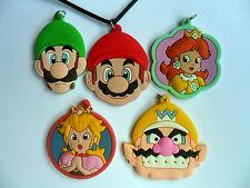 Super Mario Cast Miembros cuero collar elegir entre 5 con tarjeta