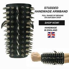 Gótica hecha a mano en Inglaterra Cono Stud Ajustable Brazalete auténtico cuero 100%