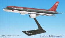 Flight Miniatures Northwest Airlines NWA 1989 Boeing 757-200 1:200 Scale Model