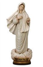 Regina Pacis statue wood carved
