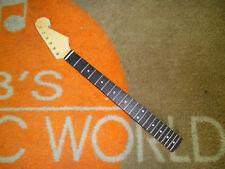 Strat Style Neck with Skunk Stripe +