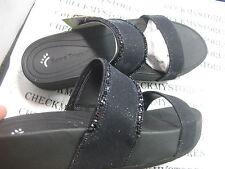 NIB NEW Bare Traps GIANA BT22559 Two Strap Premium Comfort Slides Sandals