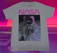 New MTV SpaceMan Moon Landing 80's Mens Vintage Classic T-Shirt