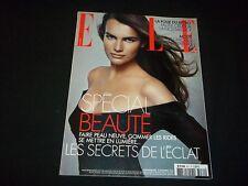 2004 NOV 8 ELLE MAGAZINE IN FRENCH - FILLIPA HAMILTON - SPECIAL BEAUTE - B 890